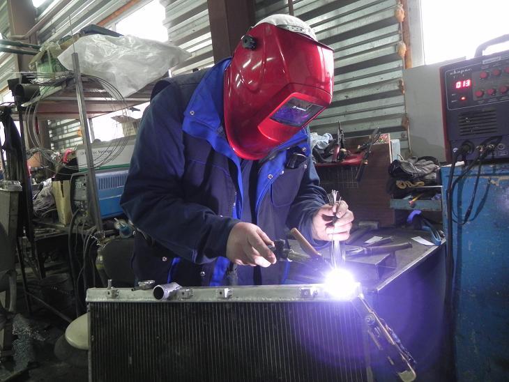 ремонт радиатора автомобиля